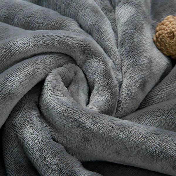 blanket (18)